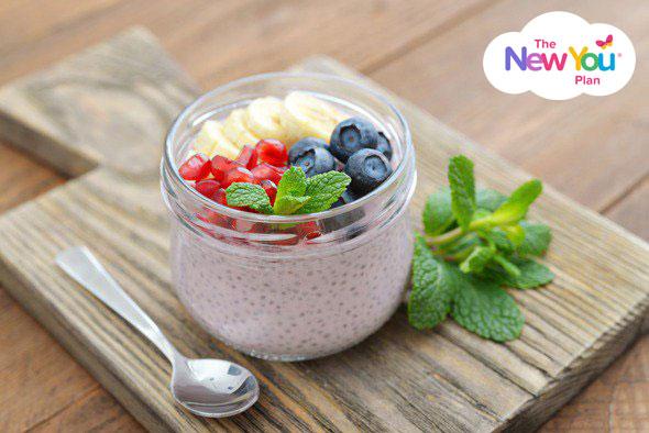 yogurt-chia-seeds-and-fruit-in-glass-jar3